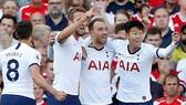 Christian Eriksen ở lại và một Tottenham ổn định sẽ giúp cải thiện thành tích. Ảnh: Getty Images