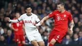 Tottenham (trái) tiếp diễn thứ phong độ quá sa sút ở mùa giải này. Ảnh: Getty Images
