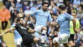 Tiền vệ Ilkay Gundogan tìn rằng cầu thủ cần phài nỗ lực chính giúp đội vượt qua giai đoạn khó khăn. Ảnh: Getty Images