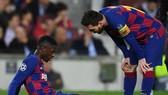 Ousmane Dembele tiếp tục đẩy Barca vào tính thế khó vì vấn đề thể trạng. Ảnh: Getty Images