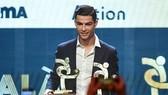 Cristiano Ronaldo được vinh danh tại Serie A. Ảnh: Getty Images