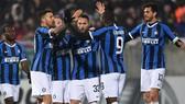 Inter Milan chưa thể nỗ lực bám đuổi Juventus vì ảnh hưởng của Covid-19. Ảnh: Getty Images