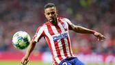 Hậu vệ Renan Lodi nhiễm bệnh, nhưng Atletico Madrid vẫn tiếp tục kế hoạch tập luyện. Ảnh: Getty Images