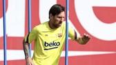 Những ngôi sao như Lionel Messi rõ ràng không thể hài lòng nếu xa gia đình trong thời điểm này.
