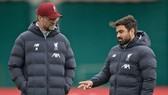 HLV Jurgen Klopp mong chờ thời điểm trở lại của Premier League. Ảnh: Getty Images