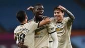 Paul Pogba phấn khích với bàn thắng đầu tiên sau hơn 1 năm. Ảnh: Getty Images