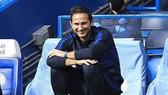 HLV Frank Lampard ngay lập tức hào ứng hướng đến tương lai. Ảnh: Getty Images