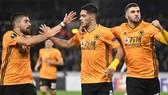 Wolves giúp bóng đá Anh duy trì sự hiện diện của 2 đội ở tứ kết Europa League. Ảnh: Getty Images