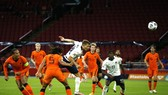 Italy đã quật ngã chủ nhà Hà Lan để vươn lên đầu bảng. Ảnh: Getty Images