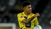 Jadon Sancho ở lại giúp Dortmund thắng khai mùa Bundesliga cuối tuần qua.