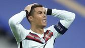 Cristiano Ronaldo có kết quả dương tính một ngày sau khi chơi trọn trận hòa với tuyển Pháp. Ảnh: Getty Images