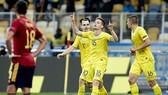 Ukraine gây sốc lần đầu đánh bại Tây Ban Nha. Ảnh: Getty Images