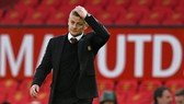 HLV Ole Gunnar Solskjaer sẽ chịu trách nhiệm nếu mùa giải của Man.United không có gì thay đổi. Ảnh: Getty Images
