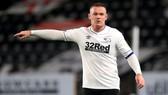 Wayne Rooney và gia đình đối mặt nguy cơ nhiễm Covid-19.