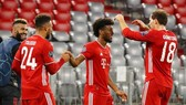 Kingsley Coman tiếp tục sắm vai người hùng Bayern Munich trong ngày khai màn. Ảnh: Getty Images
