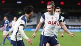 Gareth Bale đã nổ súng trở lại cùng Tottenham. Ảnh: Getty Images