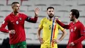 Ronaldo ghi bàn thứ 102 cho đội tuyển Bồ Đào Nha. Ảnh: Getty Images