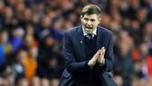 Steven Gerrard đang phát triển mạnh mẽ trên cương vị một HLV. Ảnh: Getty Images