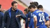 HLV Frank Lampard sẽ có thêm thời gian để xoay chuyển phong độ của Chelsea. Ảnh: Getty Images
