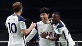Tottenham dễ dàng ghi tên vào trận chung kết đầu tiên của mùa giải. Ảnh: Getty Images