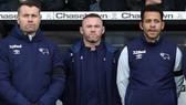Đội bóng của Wayne Rooney gặp rắc rối lớn với Covid-19.
