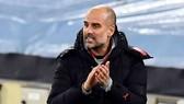 Pep Guardiola khẳng định nỗ lực và sự khiêm tốn đã giúp Man.City thay đổi. Ảnh: Getty Images