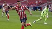 Luis Suarez đã không thể có màn ăn mừng trọn vẹn. Ảnh: Getty Images
