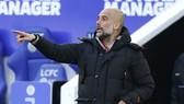 """HLV Pep Guardiola sẽ xoay tua đội hình hòng nhắm đến """"cú ăn 4"""". Ảnh: Getty Images"""