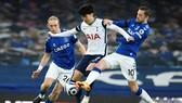 Tottenham và Everton níu nhau rời xa cuộc đua tốp 4. Ảnh: Getty Images