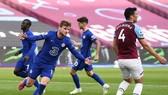 Timo Werner ghi bàn đầu tiên từ giữa tháng 2 để giúp Chelsea chiến thắng. Ảnh: Getty Images