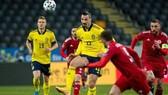 Zlatan Ibrahimovic đã kết thúc chóng vánh lần trở lại đầy cảm xúc cùng tuyển Thụy Điển.