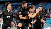 Tuyển Đức đã phải trải qua một đêm căng thẳng trên sân Allianz Arena ở Munich.