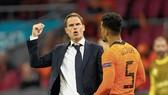Sự tự tin của HLV Frank de Boer đang tăng theo những màn trình diễn ấn tượng của Hà Lan.