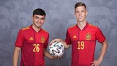 Hai ngôi sao Euro 2020 Pedri và Dani Olmo (phải) đảm bảo cho Tây Ban Nha vị thế ứng viên hàng đầu.