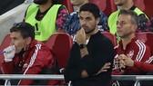 HLV Mikel Arteta thừa nhận Arsenal đang tụt hậu về trình độ tại Premier League. Ảnh: Getty Images