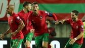 Cristiano Ronaldo trở thành cầu thủ nam ghi bàn hàng đầu mọi thời đại cho đội tuyển.