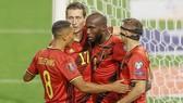 Romelu Lukaku đánh dấu cột mốc 100 trận khoác áo tuyển Bỉ bằng một bàn thắng.