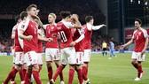 Đan Mạch tiến rất gần cơ hội trở thành đội tuyển đầu tiên giành suất dự World Cup 2022.