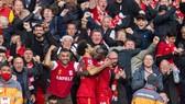 Trước người hâm mộ, lợi thế sân nhà đã trở lại ở Premier League. Ảnh: Getty Images