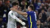 Chelsea lại thắng luân lưu, Arsenal tiễn chân Leeds