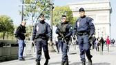 Lực lượng an ninh tăng cường trong ngày bầu cử
