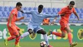 Lazio không thể giữ chân tiền đạo tài năng Keita Balde Diao (giữa) .