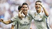 Real hoàn toàn có thể bán cả Ronaldo và James (trái).