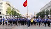 Đoàn đi bộ đồng hành hưởng ứng Lễ xuất quân SEA Games 29.