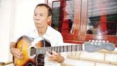 Nghệ nhân dân gian Tư Huỳnh               Ảnh:  ĐINH CÔNG NAM