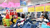 Thị trường nội địa hấp dẫn doanh nghiệp phân phối ngoại