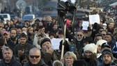Biểu tình lớn đòi Thủ tướng CH Czech từ chức