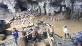 Phạt tù chủ mỏ khai thác vàng trái phép làm 2 người thiệt mạng