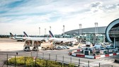 Pháp sẽ sớm đánh thuế môi trường trên vé máy bay