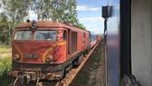 Đường sắt có gần 300 đầu máy đang hoạt động, 90% có tuổi đời 30 năm trở lên